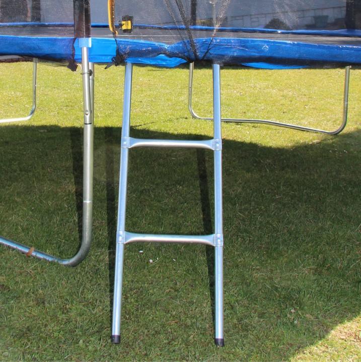 Trampolína s ochrannou sieťou a rebríkom, 252 cm, modrá/čierna, detail na rebrík, JUMPY 2
