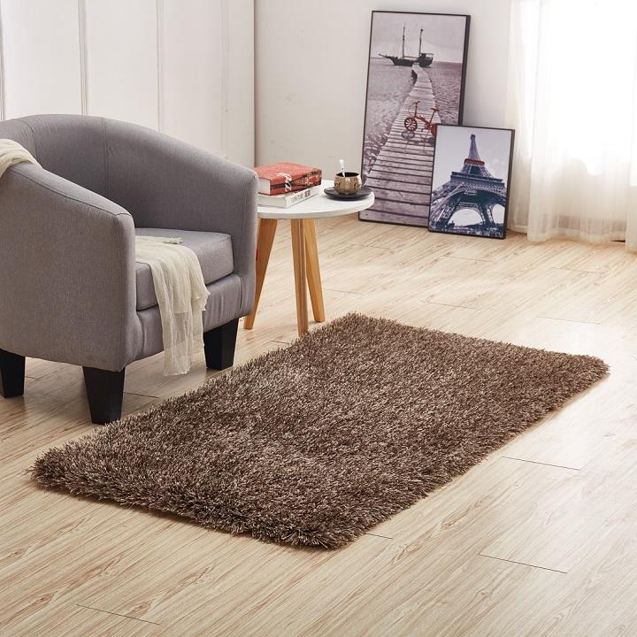 Koberec, hnedá, 80x150, interiérová fotka koberca na podlahe, GARSON