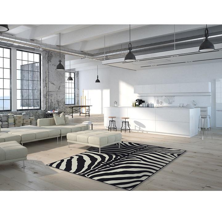 ARWEN koberec 40x60 cm v prevedeni vzor zebra, 100% viskóza, pohľad na koberec v interiéri