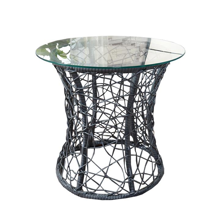 Príručný stolík, sivá,  umelý ratan / tvdené sklo, SALMAR, na bielom pozadí