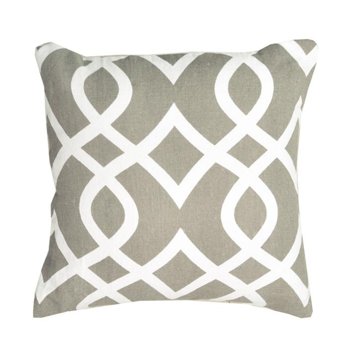 Vankúš, bavlna/vzor hnedá/sivá, NOVEL TYP 2, na bielom pozadí
