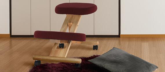 Scaune ergonomice tip kneeling chair