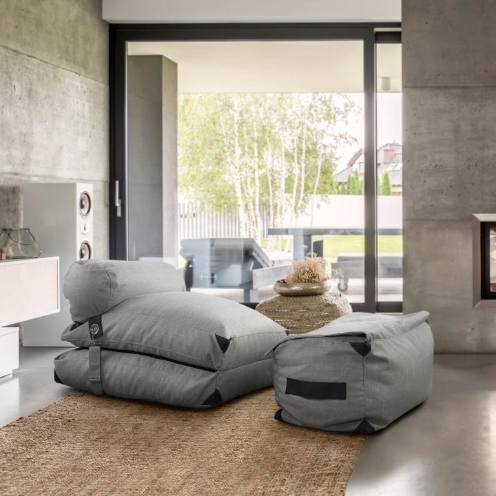 Dizajnové kreslo, svetlo siva, VESPER v interiéri