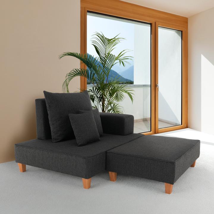 Leňoška s taburetom, sivá látka, pravá, DURAN v interiéri