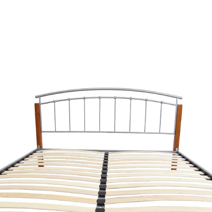 Manželská posteľ, drevo jelša/strieborný kov, 180x200, detail na opierku hlavy, MIRELA